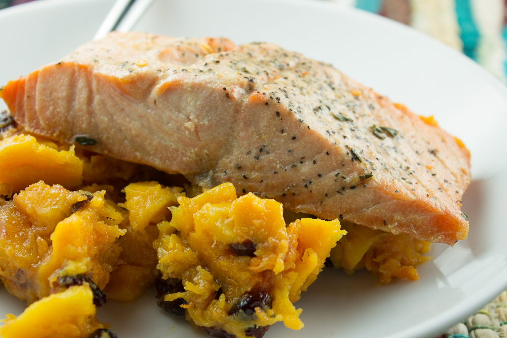 Slow cooker salmon with cranberry squash recipe paleo plan for Fish slow cooker recipes