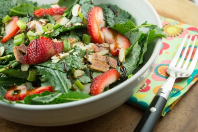 Sweet Mixed Greens Salad
